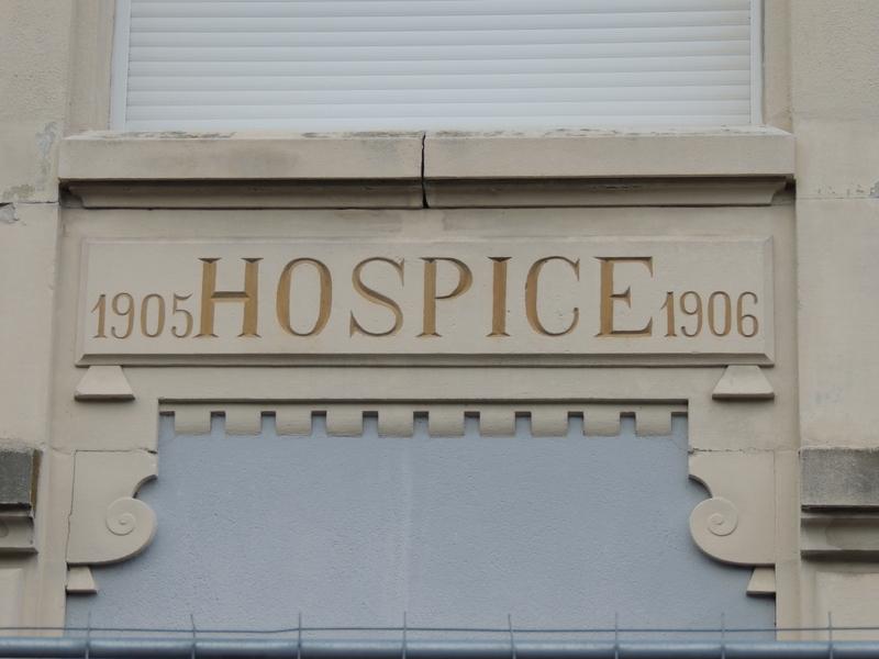 L'ancienne entrée de l'hospice